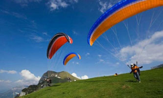 Paragliding Tour Packages in Baraut